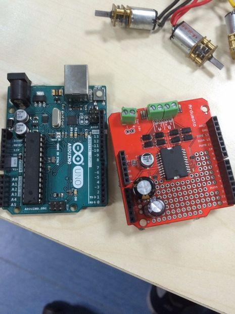 Laberinto de Solver con Arduino y ArduMoto(Micromouse) V:1 1 / Paso