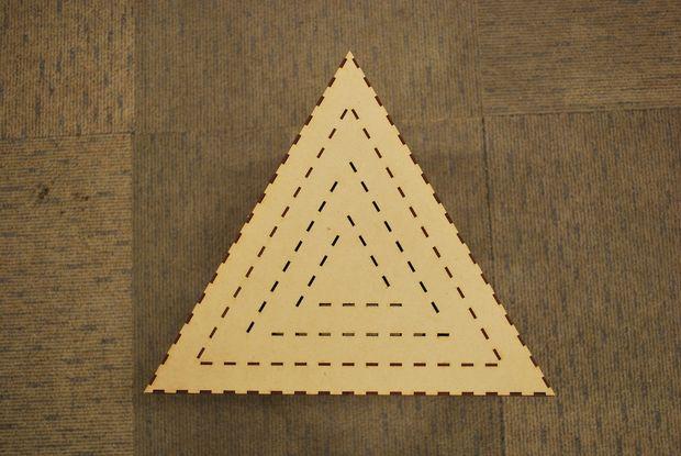 Taburete de triángulo - askix.com