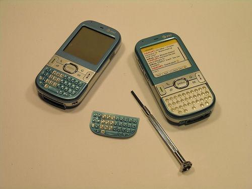 Reemplazar un teclado alfa numérico de Palm Centro con uno