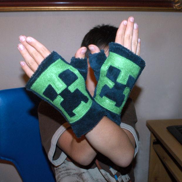 Patrón de guantes sin dedos de Minecraft Creeper - askix.com