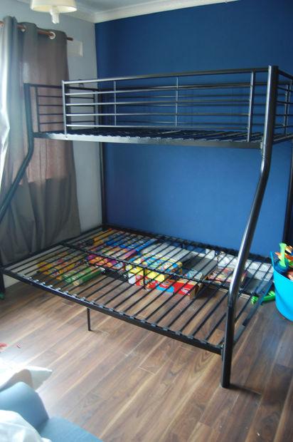 Camas literas en a plegable / Paso 1: Haga una cama de a dos - askix.com