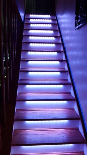 Iluminaci n de escalera led neopixel motion sensor - Iluminacion led escaleras ...