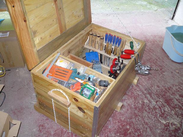 Arcon para herramientas con madera de palet - pecho de herramienta ...